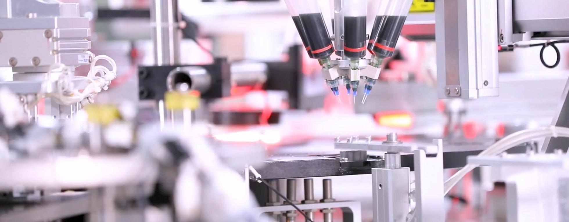 磁组件是磁性材料(钕铁硼、钐钴等)与金属、非金属等材料通过粘接、注塑等工艺装配而成的组合件,如:EPS上转子、风电磁极、电机定转子、直线电机组件、传感器等。磁组件产品是大地熊向磁性材料下游产业链的延伸,为客户减少装配时间和制造成本。